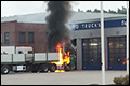 Vrachtwagen in brand gevlogen bij Cosmo Trucks Heerenveen [+foto]