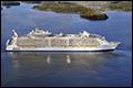 Grootste passagierschip ter wereld onderweg naar Rotterdam