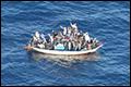 Bootvluchtelingen worden koopvaardij te veel