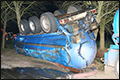 Tankwagen met mest gekanteld [+foto]