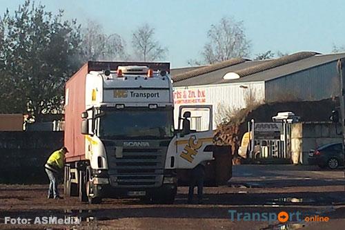 Brand in zeecontainer op vrachtwagen [+foto]