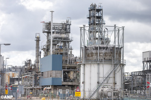 Shell investeert in raffinaderij Pernis