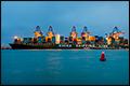 Grootste containerschip ter wereld CSCL Globe maakt maiden call bij ECT [+foto]