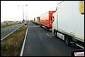 Calais onbereikbaar, migranten en lange files bij Duinkerke [+foto's]