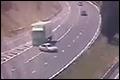 Franse politie waarschuwt met video: blijf van je smartphone af tijdens het rijden [+video]