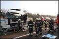 Vrachtwagenchauffeur ernstig gewond bij ongeval A67 [+foto's]