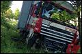 UPDATE: Afrit Simpelveld op A76 tot drie uur dicht na ongeval met vrachtwagen [+foto's]