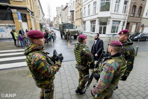 België zet meer militairen in