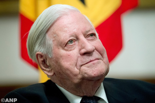 Voormalig bondskanselier Helmut Schmidt overleden