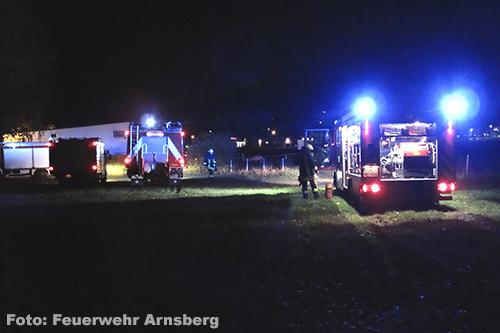 Groot alarm na brandend matras bij hangar vliegveld Altenfeld [+foto's]