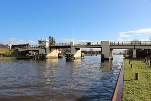 Dronryp krijgt een nieuwe brug