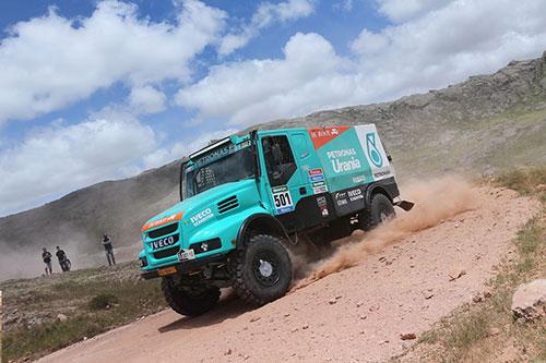 Team De Rooy met vier trucks in OiLibya Rally