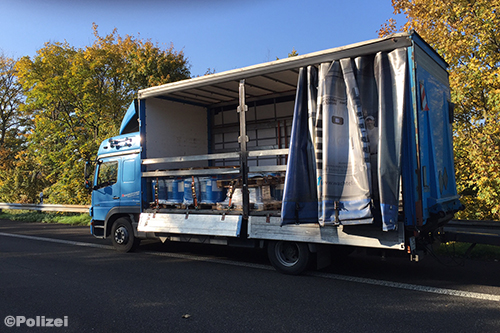 24 vrachtwagenchauffeurs krijgen boete tijdens Duitse rij- en rusttijdencontrole [+foto]