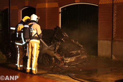 Auto's raadslid Wormerland in brand gestoken