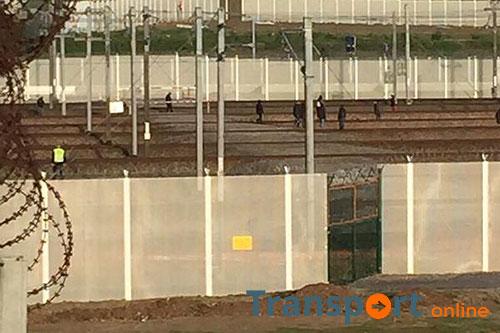 Eurotunnel zet gebied Calais onder water in strijd tegen vluchtelingen [+foto's]