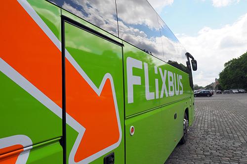 FNV: Goedkope reizen FlixBus over rug van chauffeurs [+video]