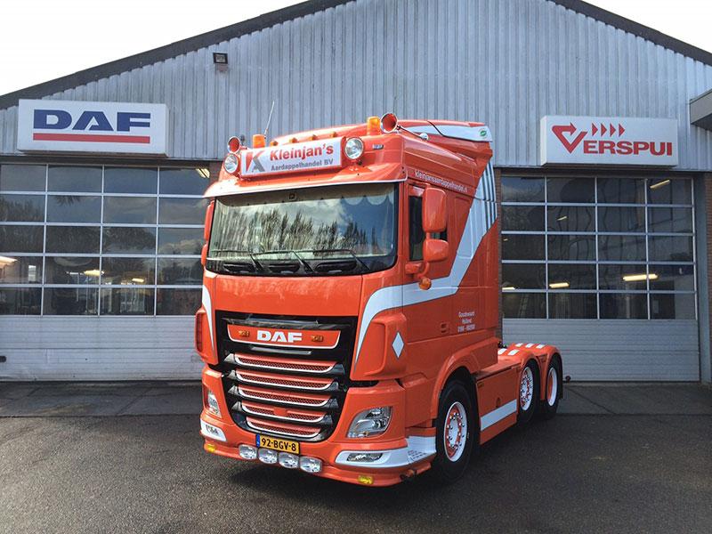 Garage Verspui kleurt Goudswaard alvast oranje met aflevering DAF XF 510