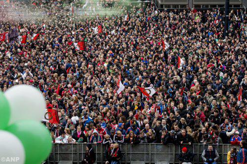Tienduizenden fans bij huldiging Feyenoord