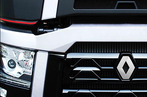 Primeur Renault Trucks High Edition tijdens Transport Compleet