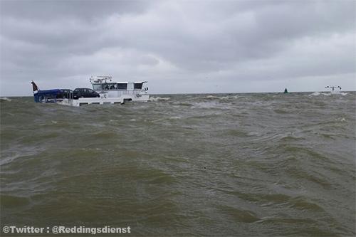 Belgisch binnenvaartschip 'Alsvin' gezonken op het IJsselmeer [+foto]