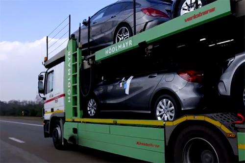 FNV: Sjoemeltransporten bij Mercedes blootgelegd
