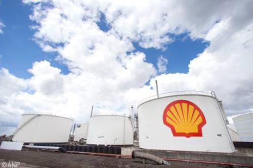 Shell laat Pernis-ultimatum bonden verlopen