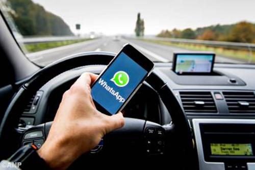 Schultz: telefoon over laten nemen door auto
