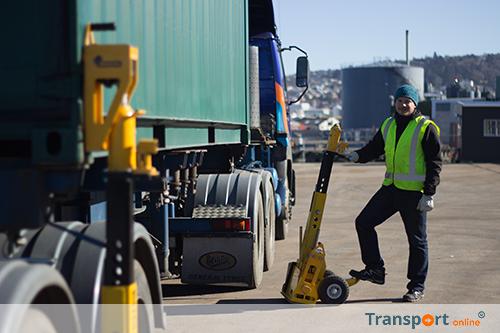 BISON lanceert weegsysteem voor wegen container op chassis