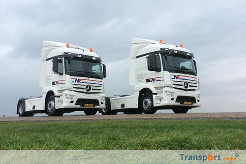 Twee nieuwe Mercedes-Benz Actrossen voor NE DistriService