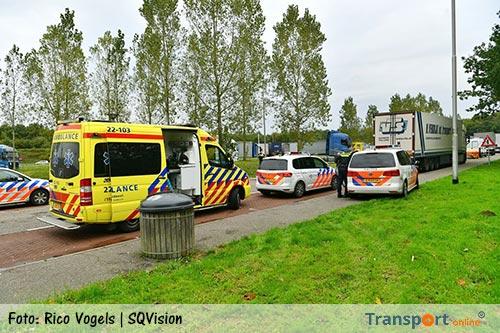 Verstekelingen gevonden in palletbak vrachtwagen langs A67 [+foto's&video]