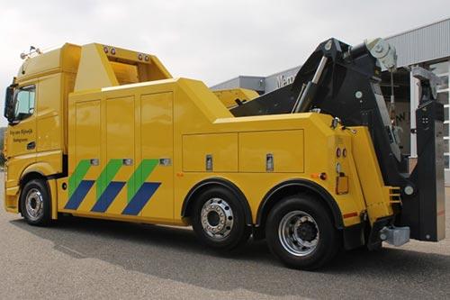 Nieuwe Actros 2748 L 6x2/4 voor bergingsbedrijf Roy van Rijswijk