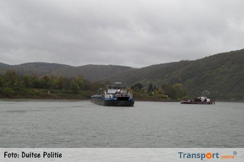Schip met 1128 ton diesel vastgelopen op de Rijn