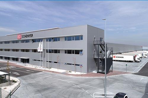 DB Schenker opent zijn grootste logistieke centrum in Madrid