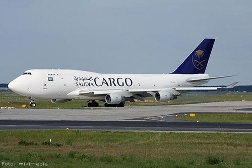 Vrachtvliegtuig van baan geraakt op Maastricht Aachen Airport [+foto]