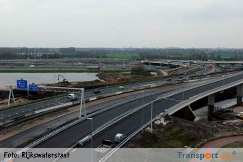 Asfalt laat los: afsluitingen verbindingsboog Holendrecht en A9 Gaasperdammerweg