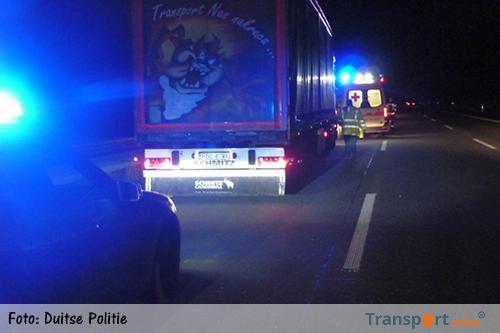 'Vermoeide' Poolse vrachtwagenchauffeur parkeert vrachtwagen op linkerrijstrook Duitse A9 [+foto]
