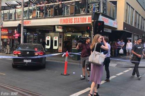 Man rijdt in op voetgangers Melbourne