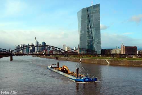 ECB: wereldeconomie groeit stevig door