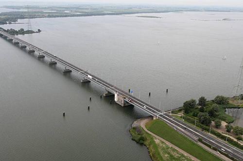Vier weekendafsluitingen Haringvlietbrug (A29) begin 2018