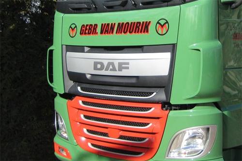 Twee nieuwe DAF XF FTG trekkers voor Gebroeders van Mourik