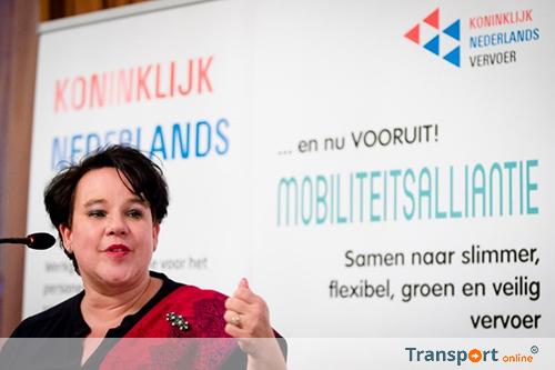 Staatssecretaris Dijksma en KNV trekken gelijk op in mobiliteitsplannen voor de toekomst