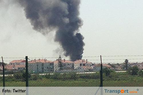 Vrachtwagenchauffeur dood na neerstorten vliegtuig [+foto&video]