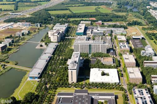 'Amsterdam en Eindhoven groeimotoren'