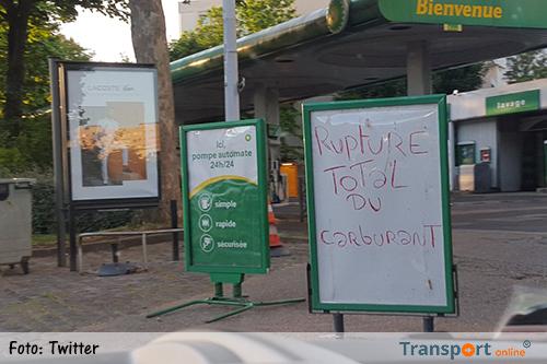 Franse pompstations dicht na blokkades Franse ADR-chauffeurs