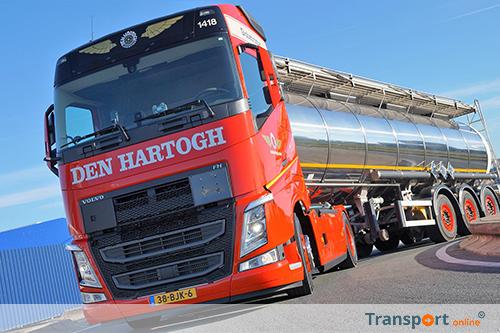 Den Hartogh Logistics werft chauffeurs met Volvo FH promotietruck