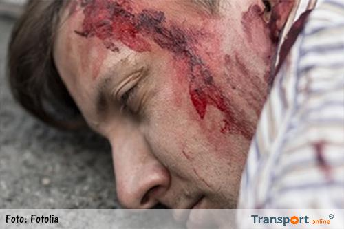 Migranten slaan vrachtwagenchauffeur knock-out en stelen zijn vrachtwagen in Calais