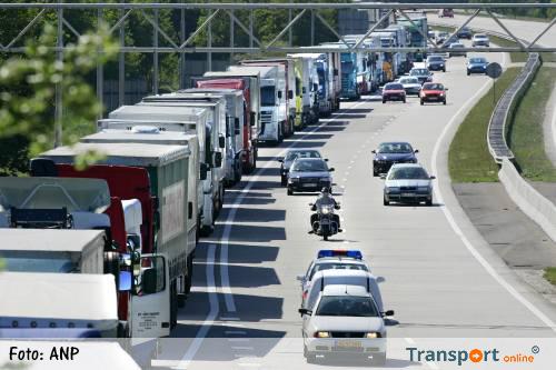 Druk op Europese wegen door vakantieverkeer