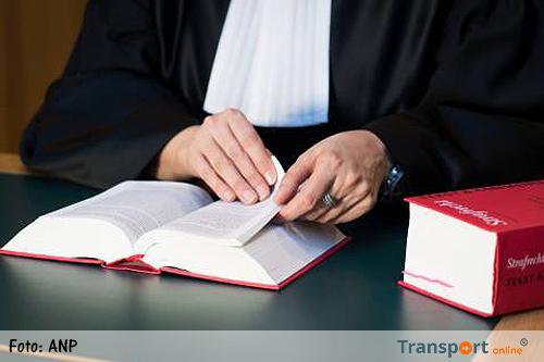Tot 7 jaar cel voor corrupte douaniers