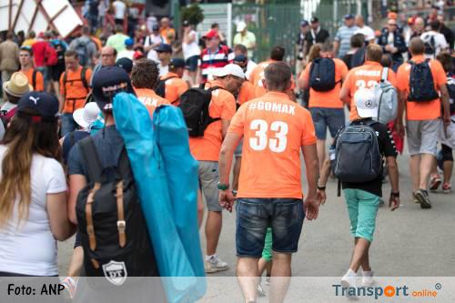 Max-fans muurvast op parkeerplaats circuit Spa