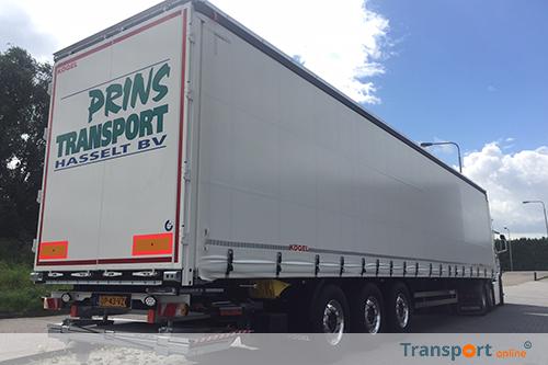 Tweede Kögel trailer voor Prins Transport Hasselt B.V. met laadklep